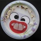 Plate, глаза на тарелке.